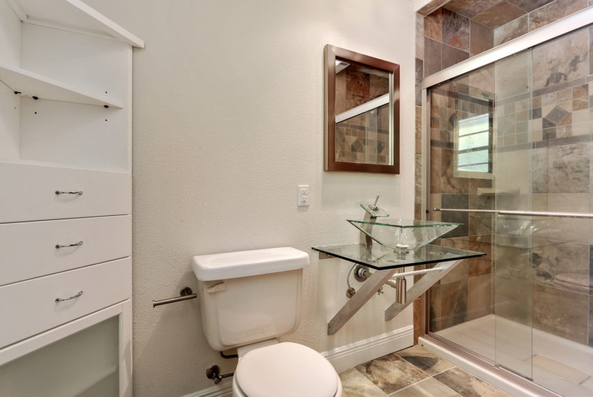 master-bath-for-sale