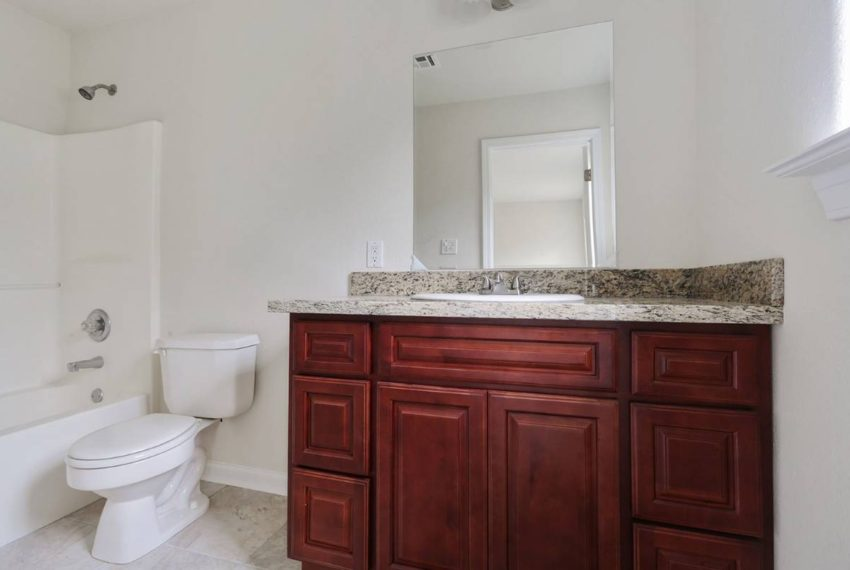 for-sale-bathroom